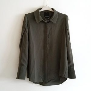 NEW C/Meo Collective Green Slashed Sleeve Blouse